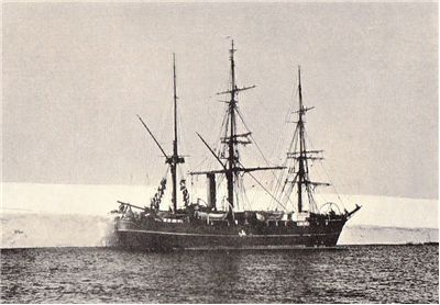 Picture Of Robert Falcon Scott The Expedition Ship Discovery