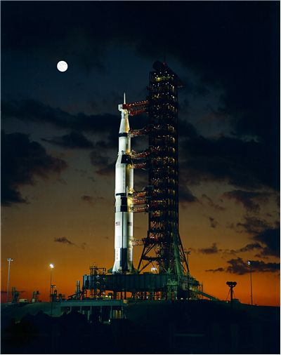 Picture Of Space Exploring Saturn 5 Rocket
